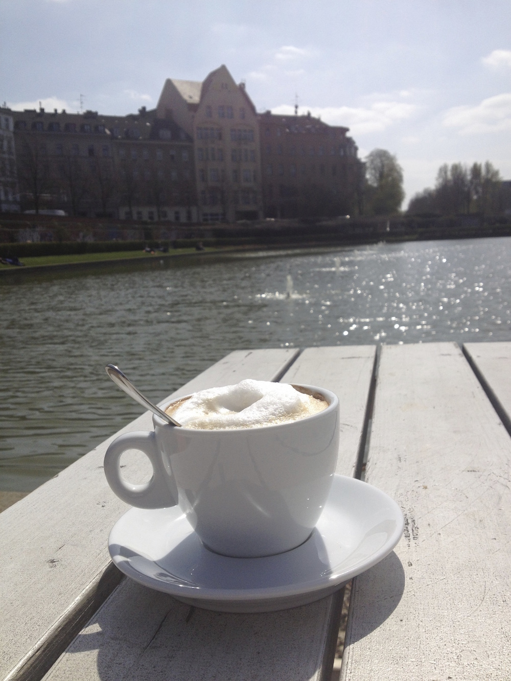 Kaffee am Engelbecken